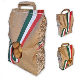 Sacchetto in pregiata carta avana con bandiera Italiana e finestra in rete